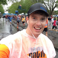 Ron Riskie finishes the 2016 Broad Street Run